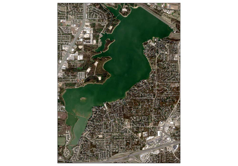 Across U S Toxic Blooms Pollute Lakes